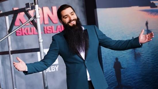 Đạo diễn 'Kong: Skull Island' viết tâm thư sau khi bị đánh nứt sọ
