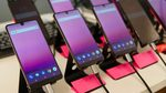"""Smartphone đầu tay của """"cha đẻ"""" Android ế thảm hại"""