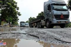Thảm cảnh khó tin ở đại lộ hiện đại nhất Việt Nam