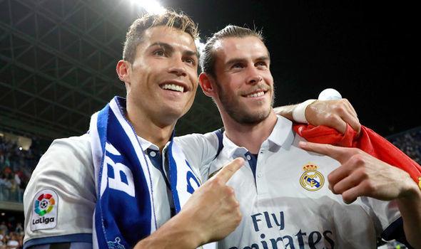 MU cuỗm sao trẻ Aston Villa, Ronaldo, Bale 'phá' Real