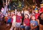 Trẻ em háo hức đón Trung thu rực rỡ sắc màu tại Văn Miếu Quốc Tử Giám