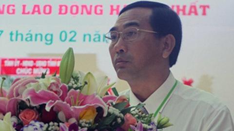 Phó Chủ tịch TP Cao Lãnh ký quyết định bồi thường...cho vợ