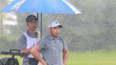 FLC Vietnam Masters: Đội mưa thi đấu vẫn thua... ông trời