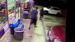 Cướp phục kích nữ tài xế, giật ví trong chớp mắt