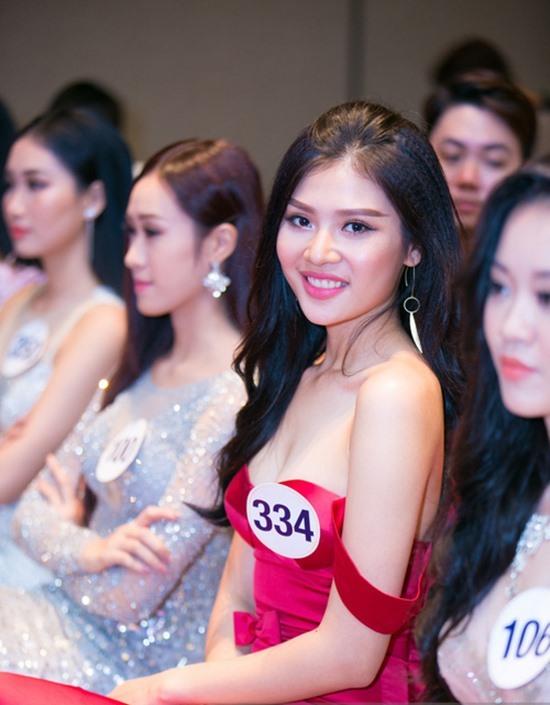 Hoàng Thùy, Mâu Thủy nổi bật giữa Top 70 HH Hoàn vũ VN 2017