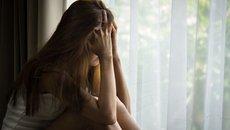 Mẹ chồng nằng nặc đòi ngủ cùng con dâu bởi lý do chẳng ai ngờ tới