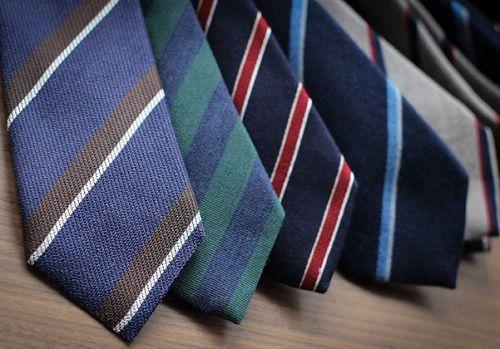Bí quyết chọn cà vạt phù hợp với từng mùa trong năm