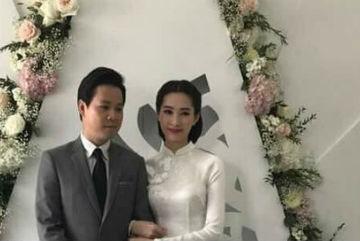 Hoa hậu Đặng Thu Thảo giản dị trong lễ ăn hỏi