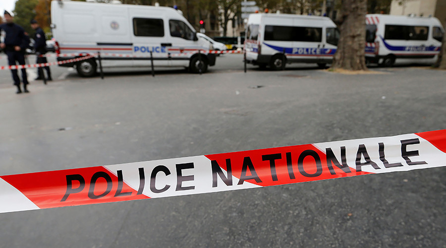 tấn công bằng dao, nhà ga, Pháp, cảnh sát