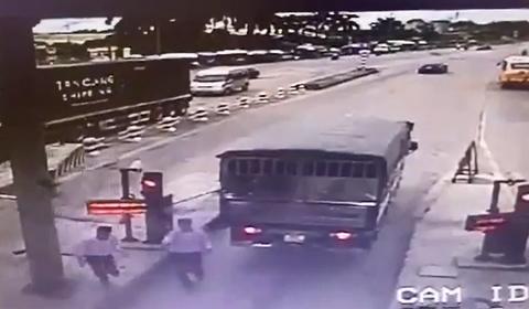 tài xế bị đánh