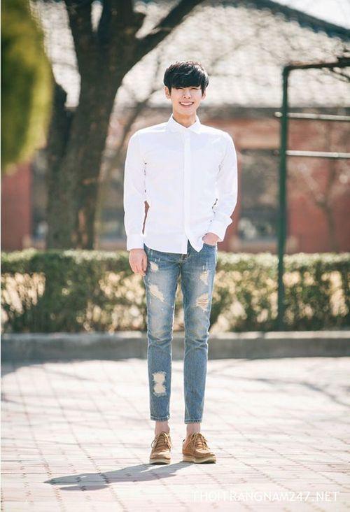 """Mẹo mặc quần jeans đẹp chuẩn model cho những chàng """"chân ngắn"""""""