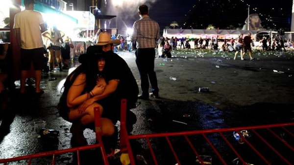 Thương vong vụ thảm sát Las Vegas tăng chóng mặt