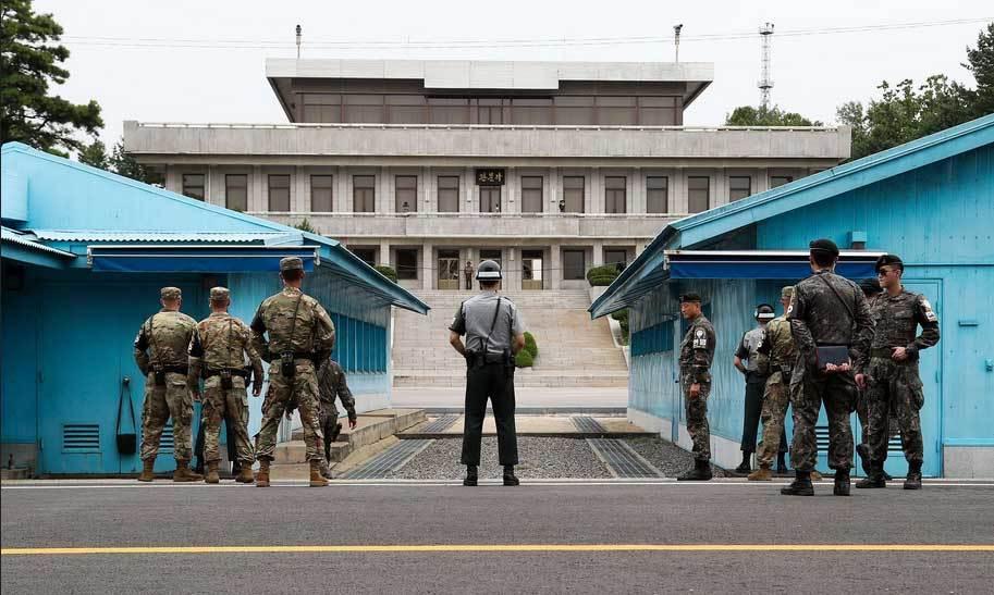 Triều Tiên, Hàn Quốc, làng Panmunjom,