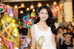Ngọc Vân mặc váy trắng muốt làm chị Hằng trong đêm Trung thu