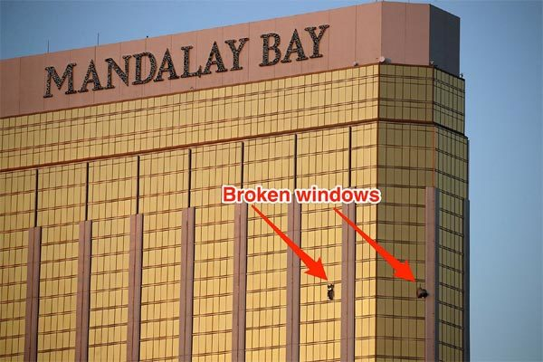 Kẻ thảm sát Las Vegas tuồn cả chục vali vào phòng khách sạn