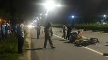 Hai thanh niên chết thảm dưới gầm xe container ở Bình Dương