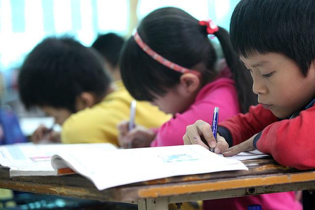 'Chương trình giáo dục phổ thông mới sẽ được thực nghiệm kỹ hơn'
