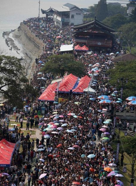 kỳ nghỉ vàng, Quốc khánh Trung Quốc, du khách, biển người