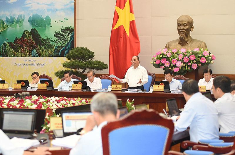 Thủ tướng Nguyễn Xuân Phúc, Nguyễn Xuân Phúc, Vương Đình Huệ, Mai Tiến Dũng