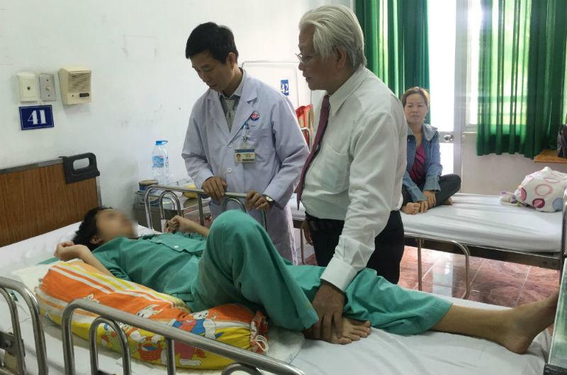 cong cột sống, vẹo cột sống, Bệnh viện Trưng Vương