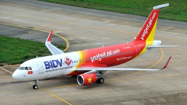 hạ cánh khẩn cấp, Vietjet Air, Nội Bài