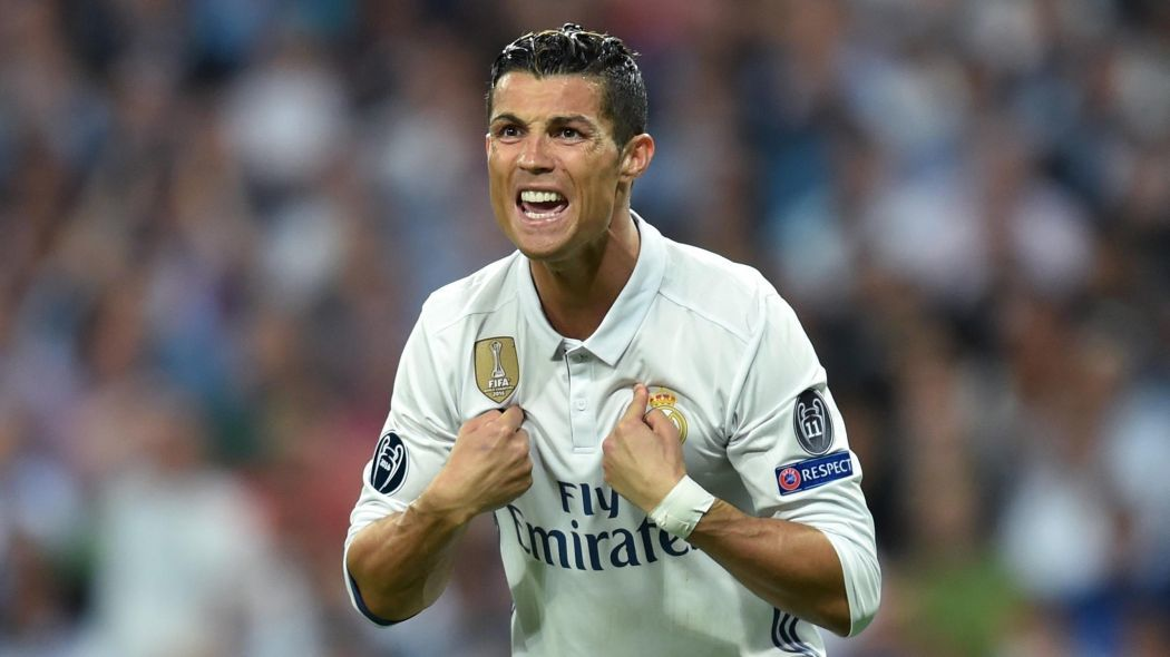 Ronaldo, Cristiano Ronaldo, Real Madrid, hậu trường sân cỏ