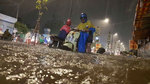 Mưa xối xả nhiều giờ, Sài Gòn ngập nặng trong đêm Trung thu