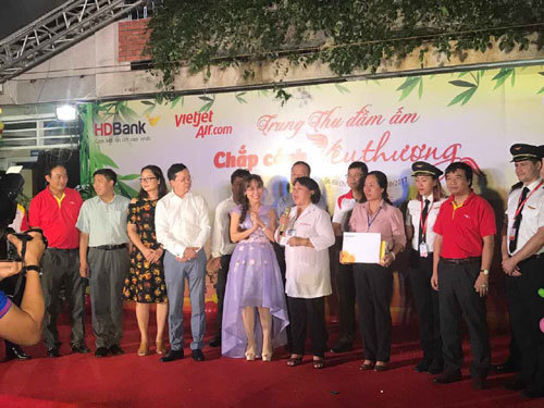 HDBank, Vietjet, tỉ phú, bà Nguyễn Thị Phương Thảo, Trung thu