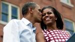 Obama gây bất ngờ cho vợ nhân đám cưới bạc