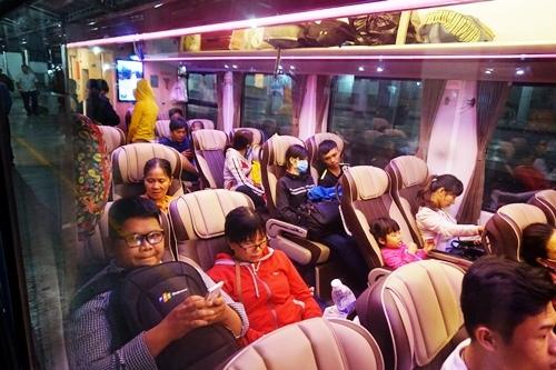 vé tàu Tết, hành khách, ga Sài Gòn, 300.000 vé tàu Tết