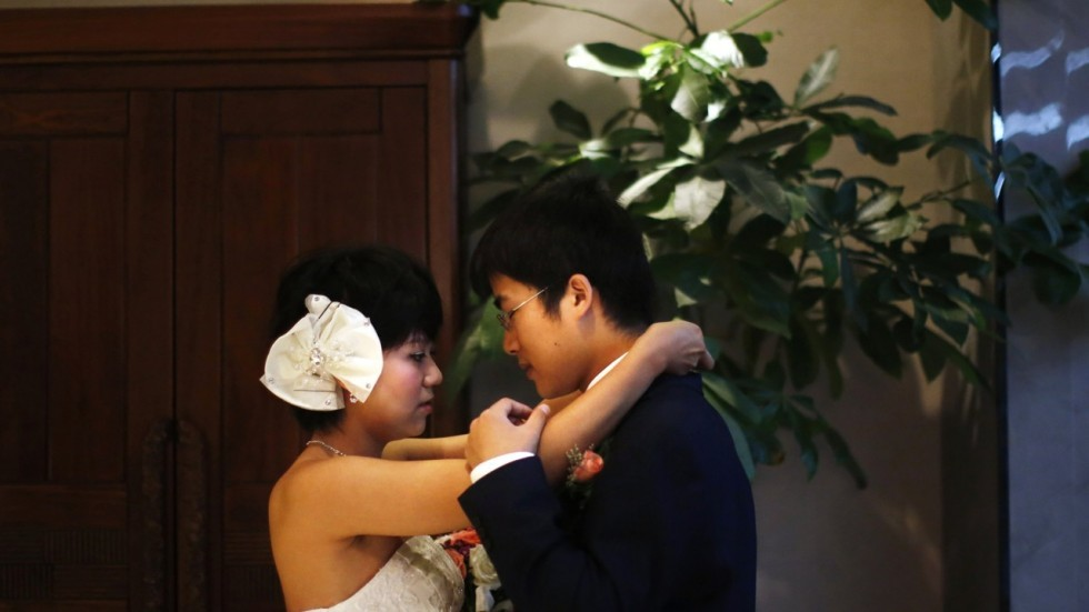 phi công trẻ, phụ nữ thành đạt, Trung Quốc,hôn nhân hạnh phúc