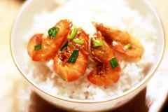 Tôm rim nước cốt dừa - món ngon tốn cơm