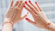 Mẹo bảo vệ móng tay bạn luôn khỏe đẹp