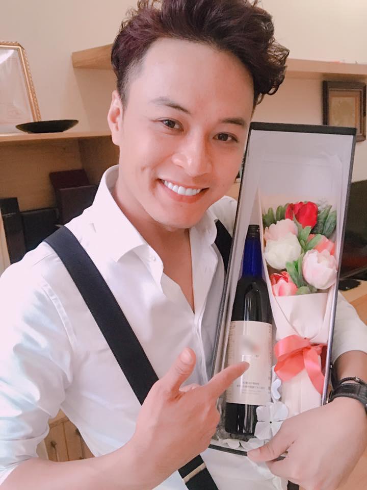 Hoa hậu Thu Thảo làm thơ tặng chồng trước giờ lên xe hoa