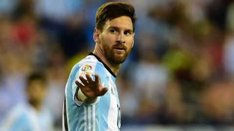 Argentina 0-0 Peru: Messi suýt lập siêu phẩm