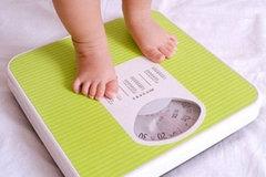Các loại suy dinh dưỡng trẻ em và biểu hiện mẹ cần biết