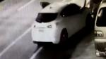 Nữ tài xế lao ôtô vào cột điện nhưng tai hoạ sau đó còn khủng khiếp hơn