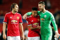 Blind đào tẩu khỏi MU, Chelsea thưởng đậm Hazard và Courtois