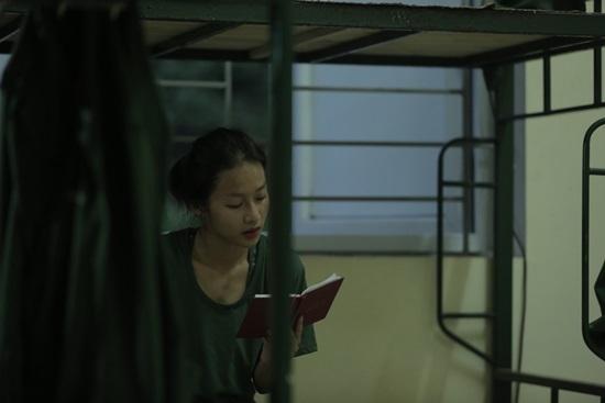 Vẻ đẹp thuần khiến của hot girl 'Sao nhập ngũ'