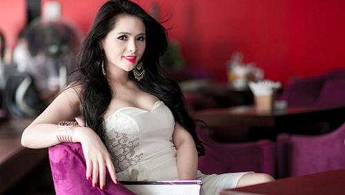 Những hoa hậu Việt nói tiếng Anh không ai hiểu - ảnh 4