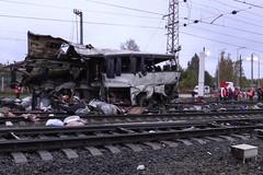Tàu hỏa 'xé toạc' xe buýt ở Nga, 16 người chết