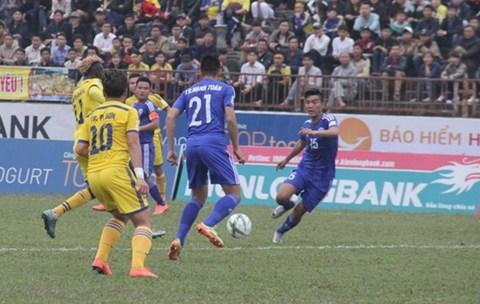 QNK Quảng Nam 3-3 SLNA