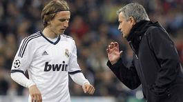 """""""Gián điệp"""" Modric tuồn thông tin Real cho Mourinho"""