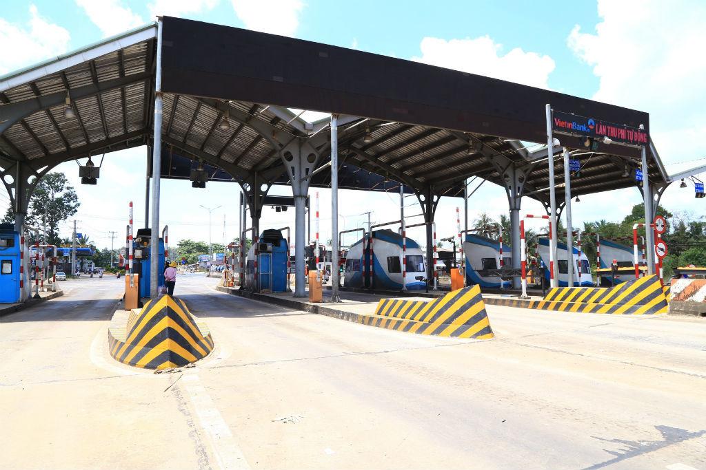 Tài xế trả tiền lẻ: Giảm 20% phí qua trạm BOT Biên Hòa