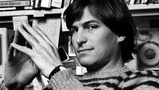 """Tim Cook đau buồn tưởng nhớ 6 năm ngày mất """"cha đẻ"""" iPhone"""