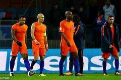 """Thụy Điển thắng """"8 sao"""", Hà Lan cần phép màu"""