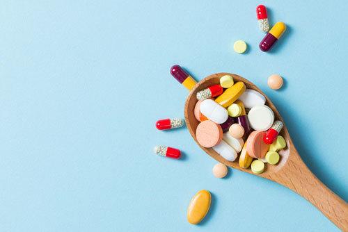 Tăng men gan - cẩn trọng khi dùng thuốc