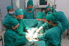 Quyết định mạo hiểm cứu 2 mẹ con sản phụ mắc sốt xuất huyết