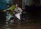 Hàng trăm ôtô, xe máy bị ngâm trong hầm ngập nước ở Sài Gòn - ảnh 13