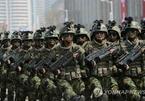 Lính Triều Tiên diễn tập nhảy dù xuống sở chỉ huy Mỹ-Hàn